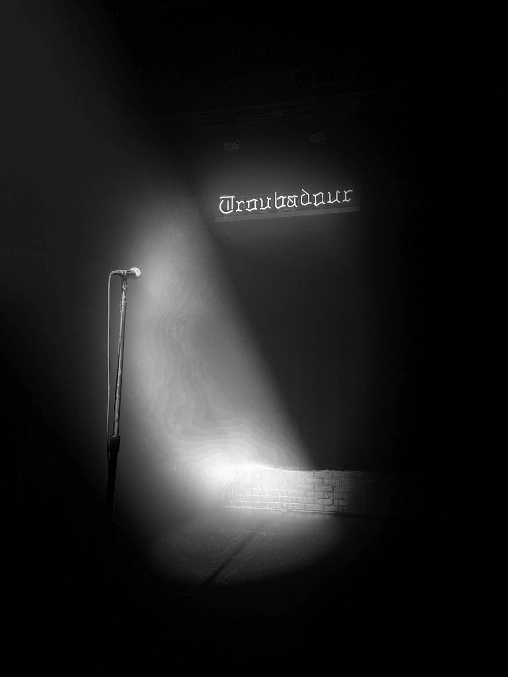 troubadour stage